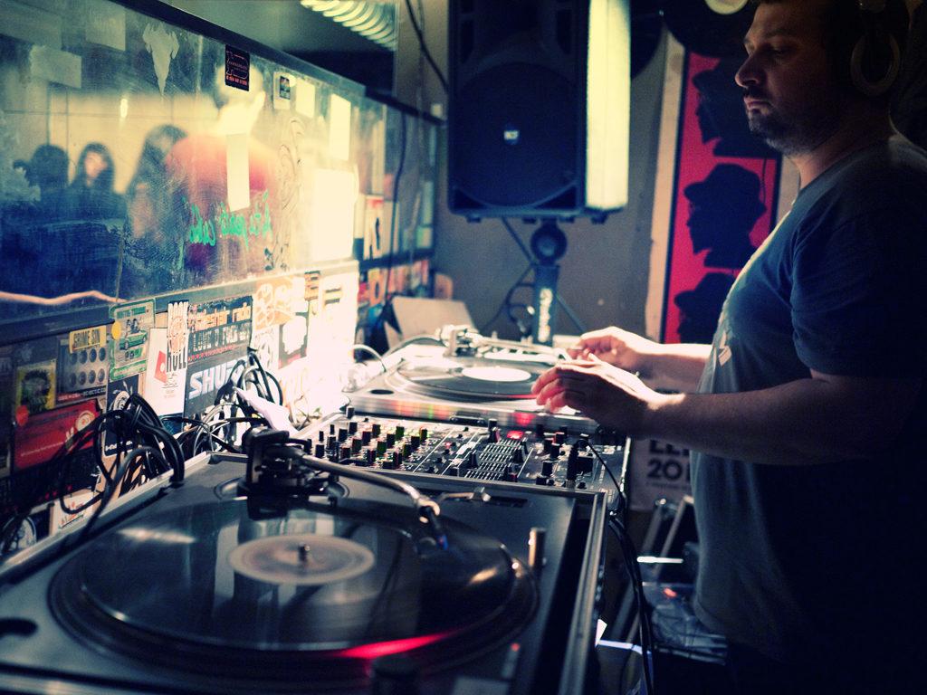 DJ Typo Boy