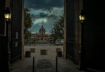 L'Institut de France vue depuis la sortie du Louvre