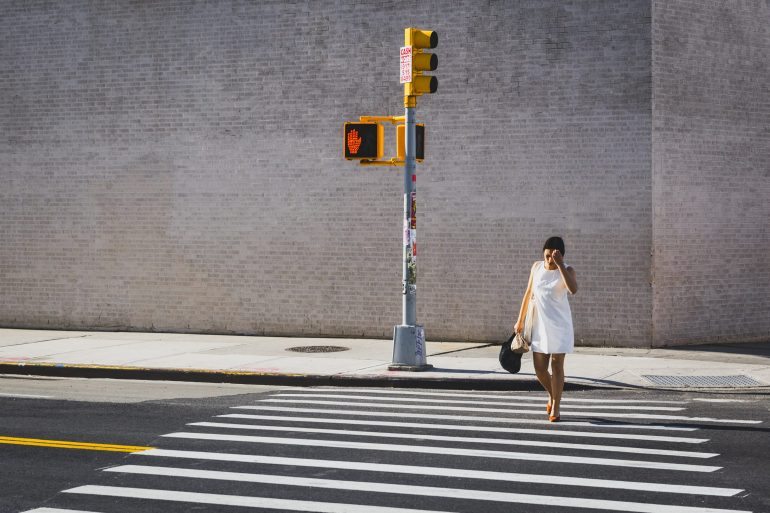 Cross the line - © Julien Hay
