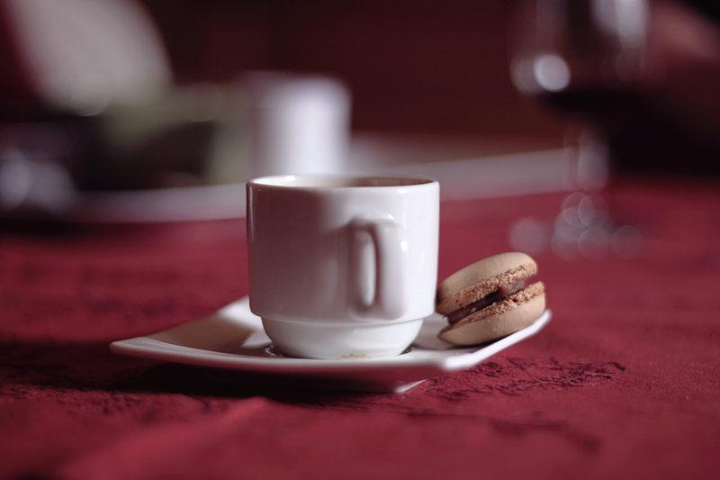 Café & Macaron