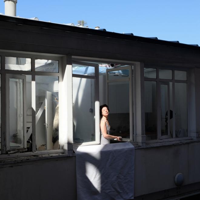Juliette prend le soleil