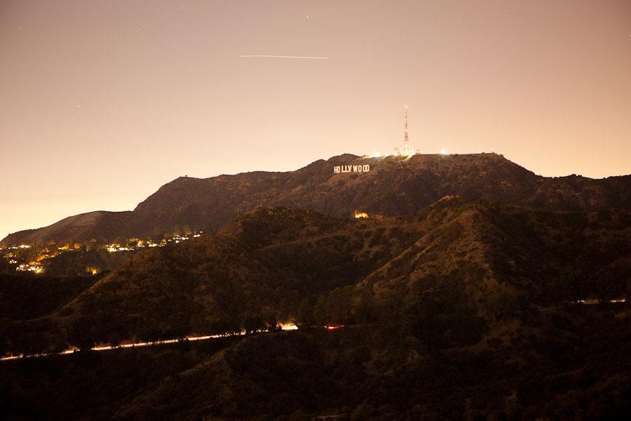 Ni'night Hollywood