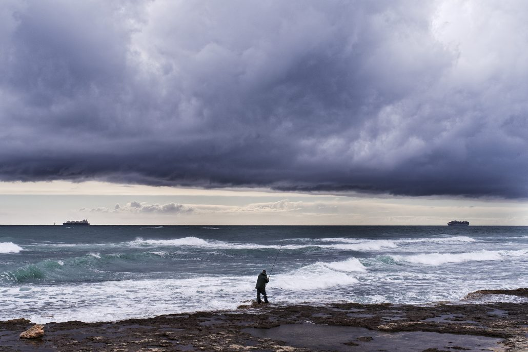 Solitude du pêcheur avant l'apocalypse