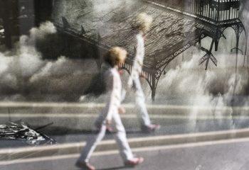 Marcher sur les décombres