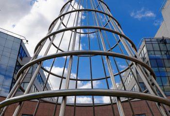 Structure vers le ciel