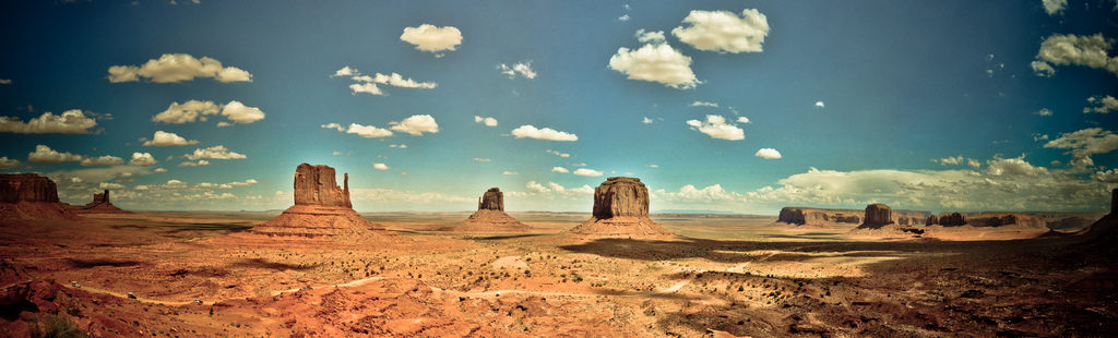 Monument valley – panoramic