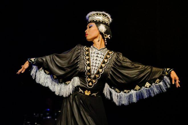 Danseuse Kalmouk